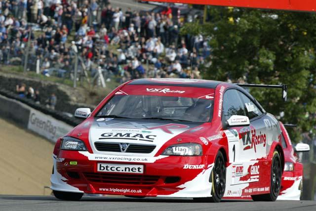 VX Racing Push to Extend Lead-220804-c-vau-jpg