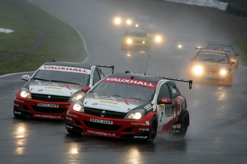 VX-Racing Endures The Highs And Lows Of Knockhill-300805_01_vau-jpg