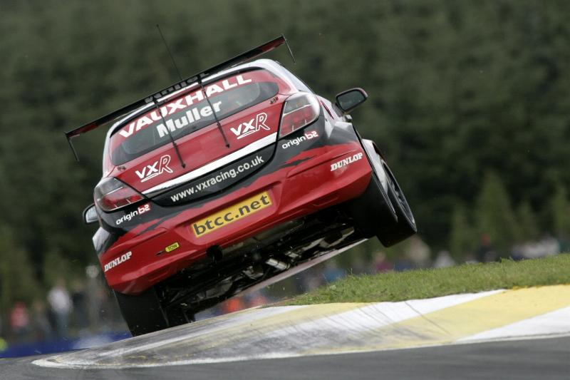 VX-Racing Endures The Highs And Lows Of Knockhill-300805_04_vau-jpg