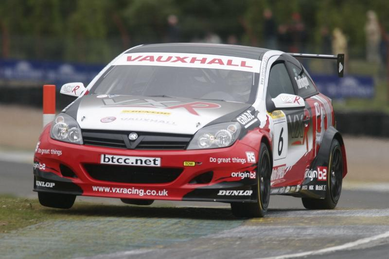 VX-Racing Endures The Highs And Lows Of Knockhill-300805_11_vau-jpg