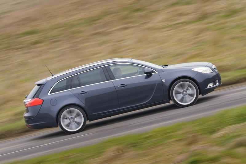 Insignia Sports Tourer is Vauxhall's New Estate of the Nation-57192-vau-jpg