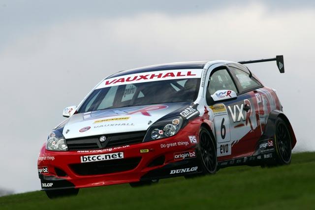Victorious Race Debut the VX Racing Astra Sport Hatch-btccastravxr2-jpg