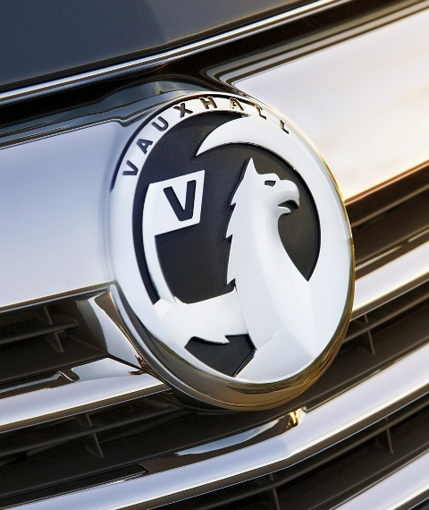 Vauxhall Insignia, Dynamic Design and Advanced Technology-in5-jpg